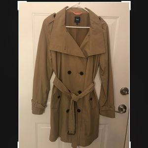 GAP Ladies Trench Coat